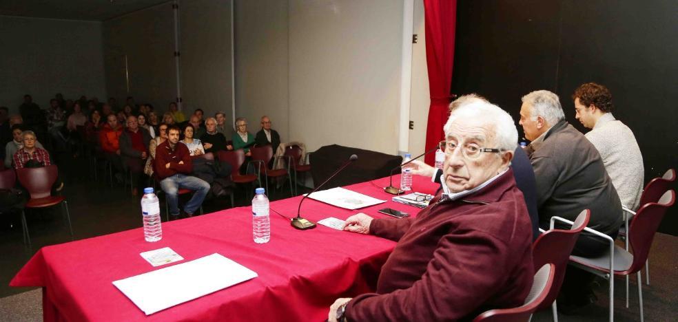 Raimundo González inaugura las III Jornadas de Montaña de Parres