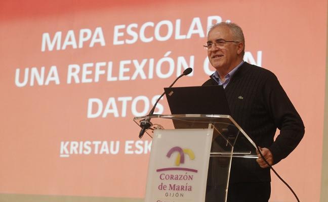 Mikel Ormazabal: «De aquí a 2030, Asturias perderá el 45% de su alumnado»