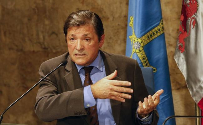 Javier Fernández no irá al homenaje a Llaneza: «No voy donde no se me aprecia»