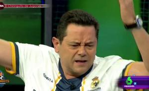 'El Chiringuito': Tomás Roncero se autolesiona en directo