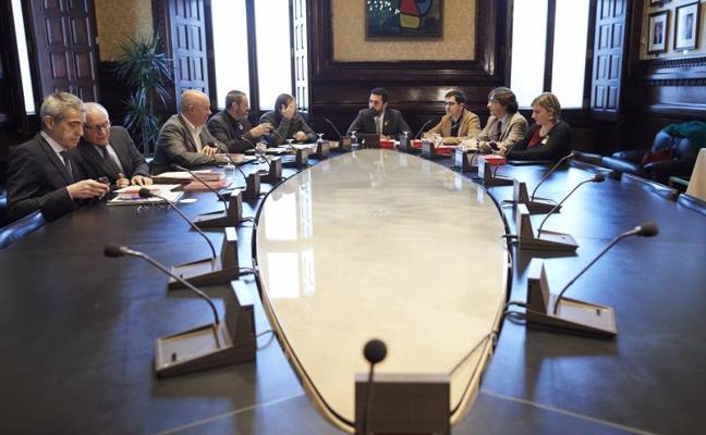 Roger Torrent frena de nuevo la investidura a distancia de Puigdemont