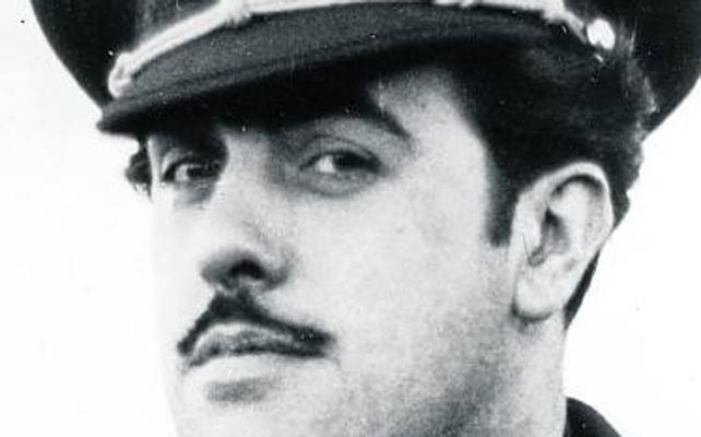IU exige que Siero retire los honores concedidos a José Antonio Girón en el año 1947