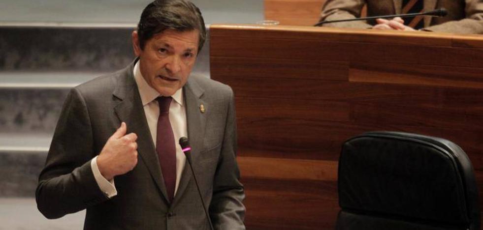Javier Fernández: «El Gobierno estará con las reivindicaciones del 8 de marzo»