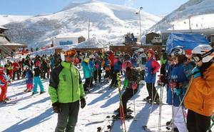 Las pistas asturianas se preparan para un fin de semana helado y de lleno total