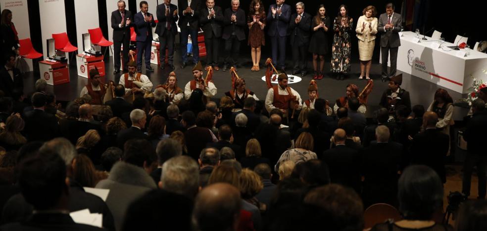 Fernández defiende las térmicas y el carbón en los premios Marino Gutiérrez
