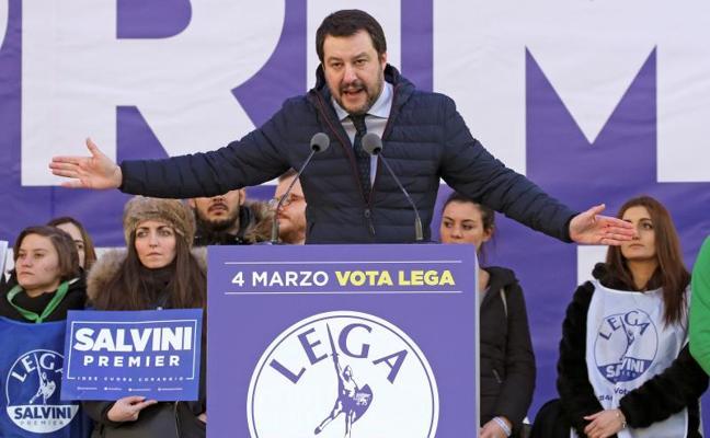 La extrema derecha italiana, aupada por las tensiones sociales y raciales
