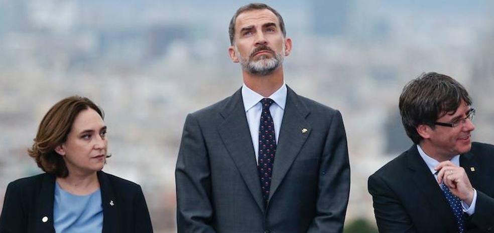 Colau y Torrent se unen en el boicot al Rey