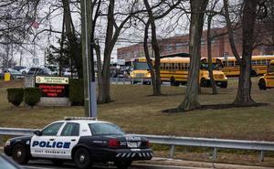 Una escuela secundaria de Nueva Jersey obsesionada por la seguridad