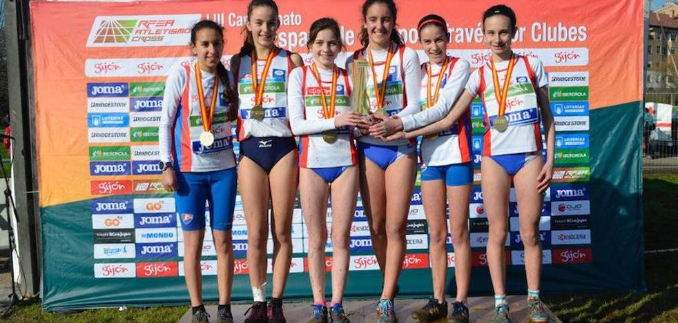 El Gijón Atletismo brilla en el nacional de cross por equipos con dos medallas