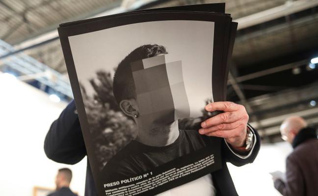 La censura no frena las ventas de Arco