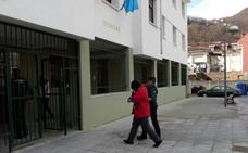 Detenida por matar de dieciséis cuchilladas a un amigo en Laviana