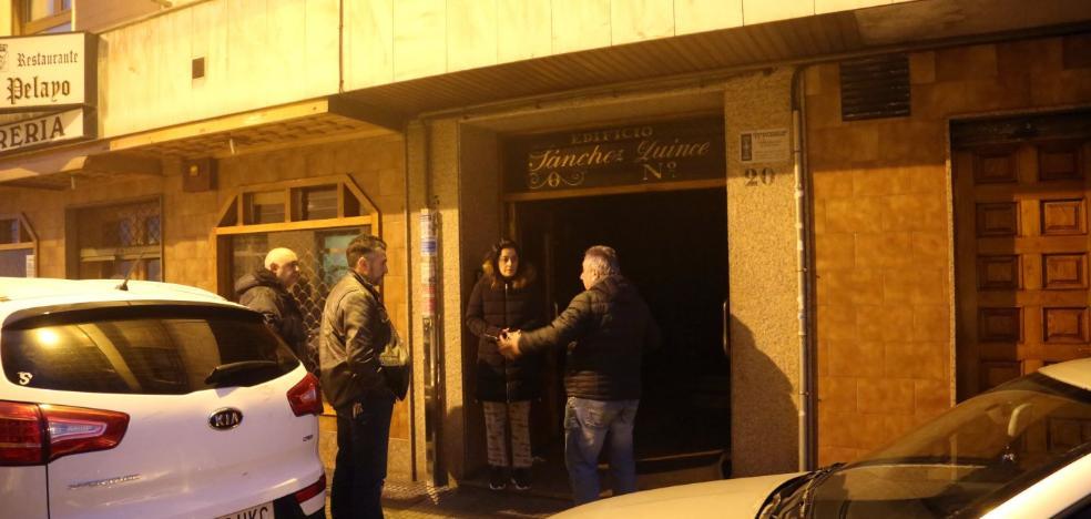 Comerciantes de El Berrón instalan huchas para ayudar a la familia de Rubén Fonseca