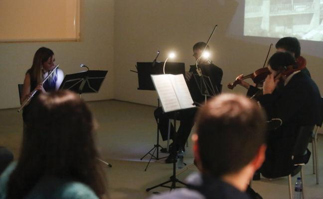 La música vuelve a sonar en el antiguo casino de Arnao