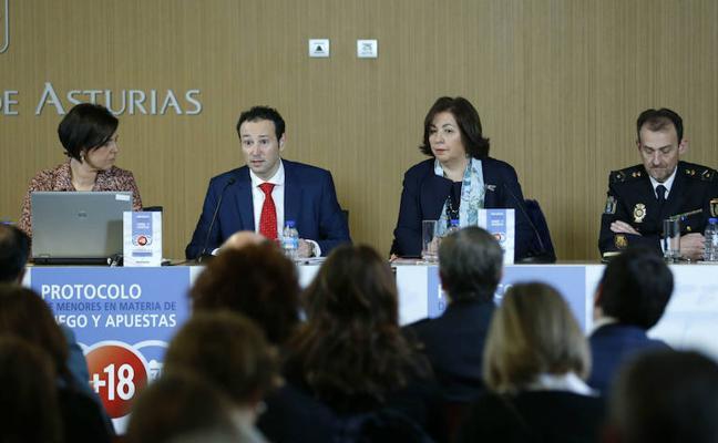 Asturias elabora un protocolo pionero para evitar el acceso de los menores al juego