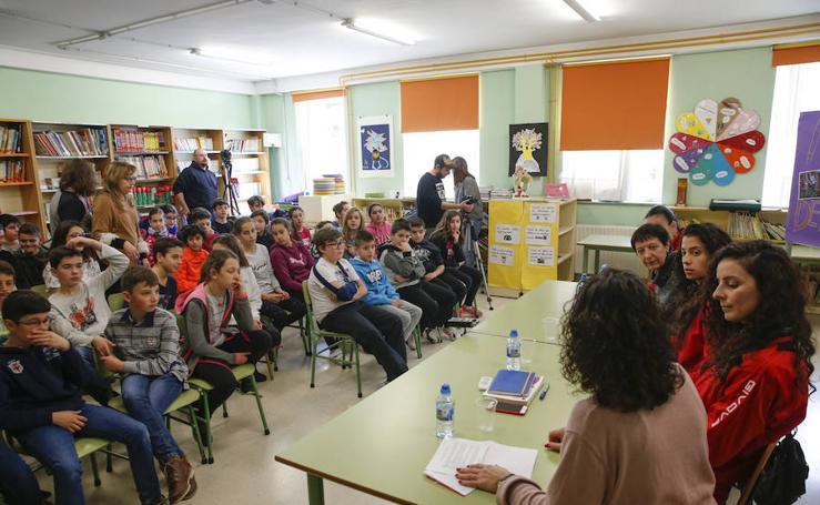 La mujer y el deporte, protagonistas en el colegio Evaristo Valle