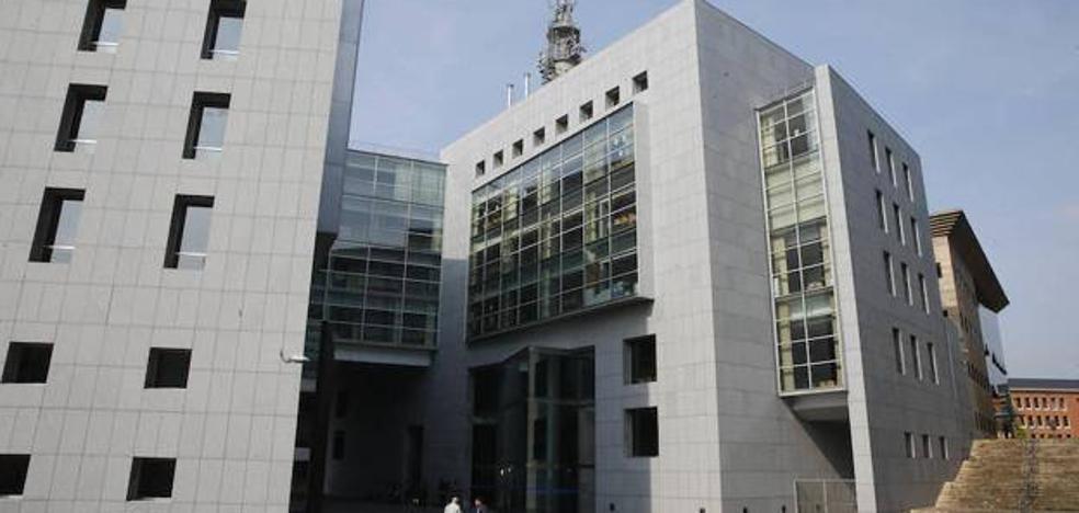 Piden 26 años de prisión para el acusado de matar a su expareja de Oviedo en Melilla en 2016