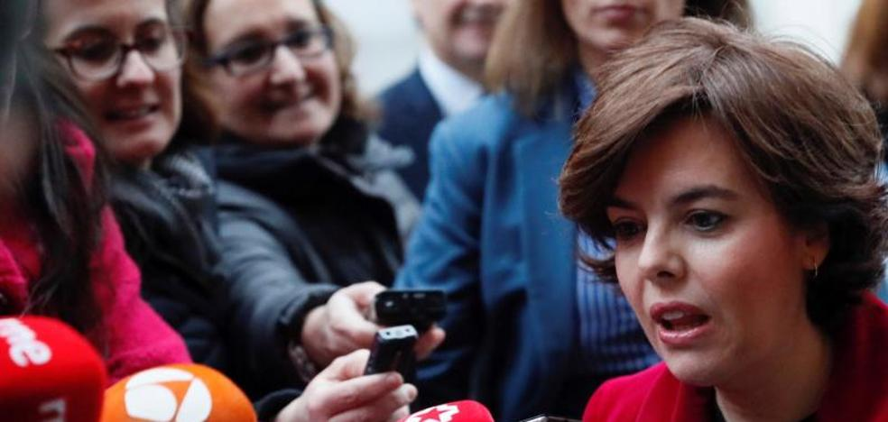 Santamaría: «Cataluña necesita un presidente dentro de la ley y fuera de la cárcel»