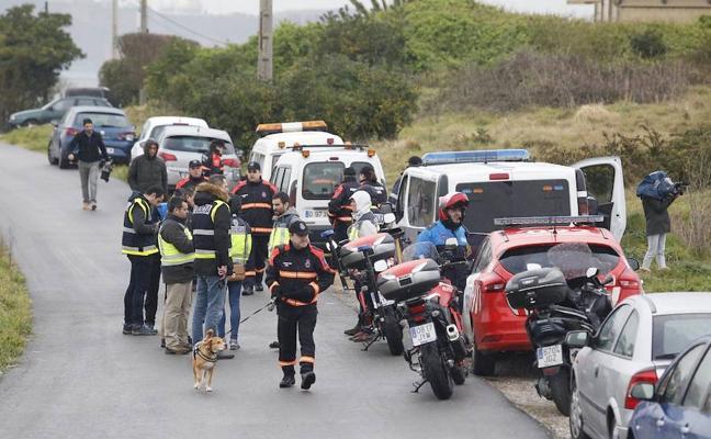 Efectivos de Policía, Protección Civil y Bomberos continúan la búsqueda en Gijón de Lorena Torre