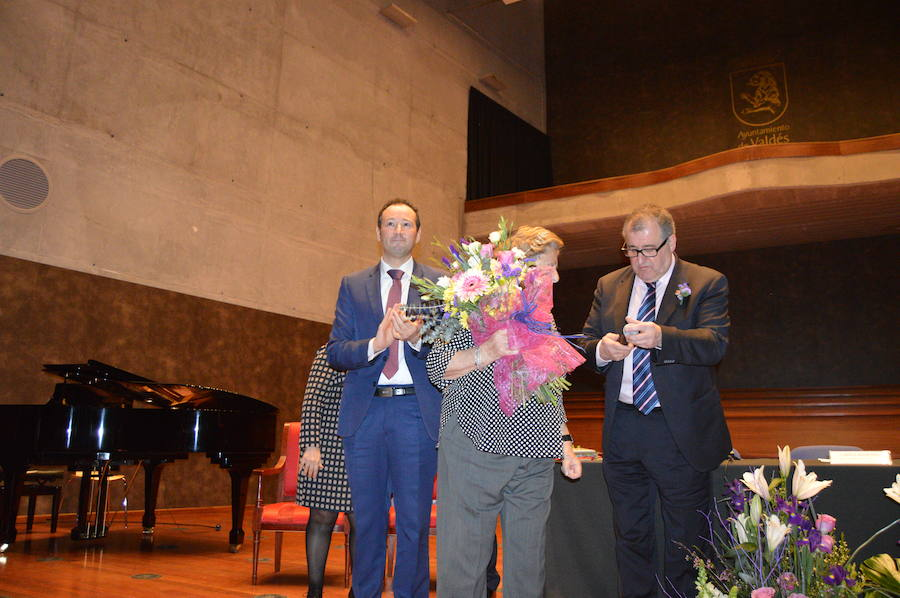 Homenaje a Marita Aragón