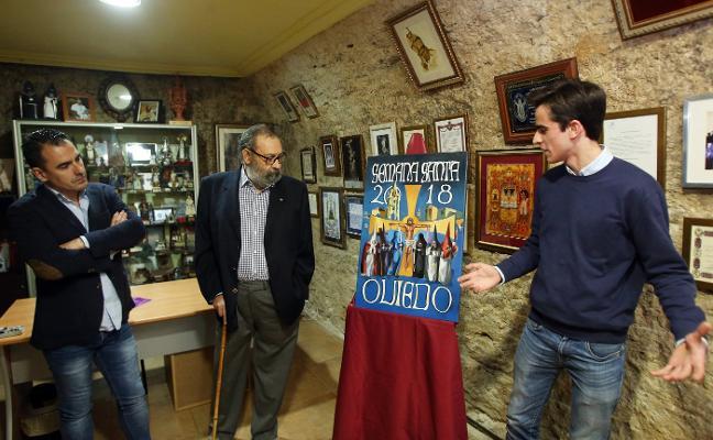 El cartel de Semana Santa luce la Catedral y la Cruz de los Ángeles en azul Oviedo