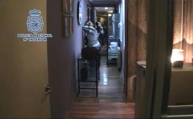 Catorce detenidos en una operación contra la explotación sexual en Ribadesella