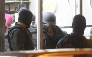 Espectacular detención de seis ladrones cuando hacían un butrón en una joyería de Gijón