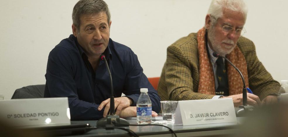 Javier Clavero muestra 'Reescribirse' en Gijón