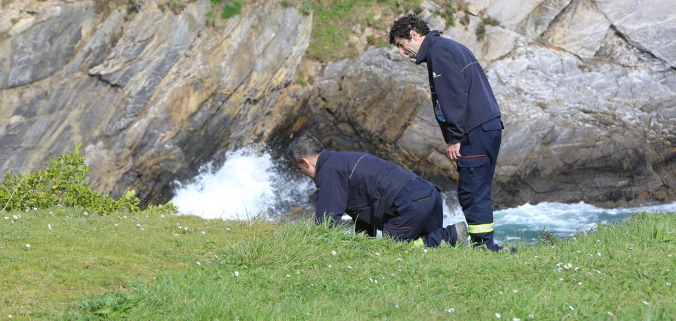 La mala mar complica la búsqueda de las desaparecidas en Gijón y Castrillón