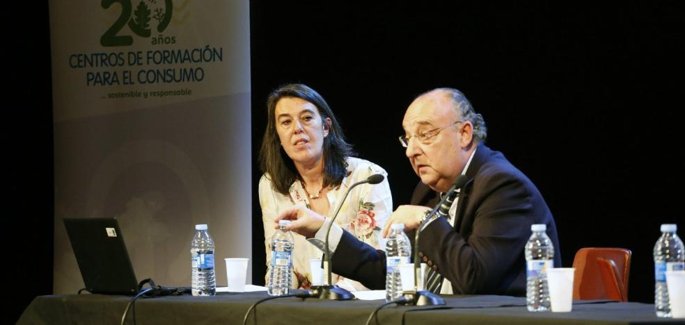El centro del consumidor de Lugones celebra su aniversario