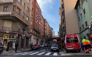 Detenido por incendiar el piso de su vecina en Oviedo para encubrir que le había robado