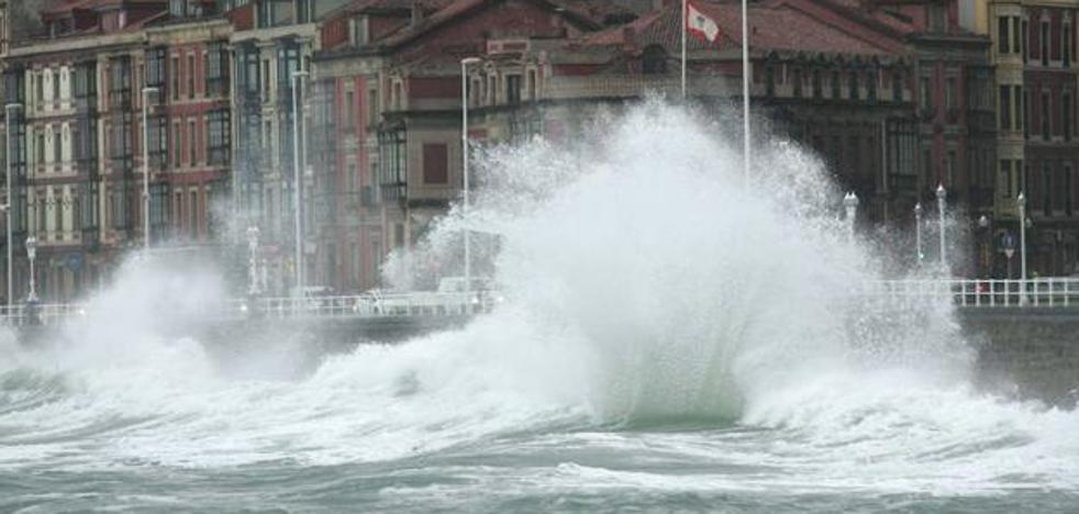 'Gisele' azotará Asturias con vientos de 120 kilómetros por hora
