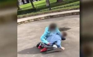 Brutal pelea de menores en Oviedo grabada por sus compañeros mientras les jalean