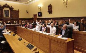 Moriyón pide al Puerto «un paso más» para combatir nubes de carbón