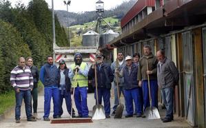 El TSJA también declara improcedentes los despidos de los 12 empleados de El Asturcón
