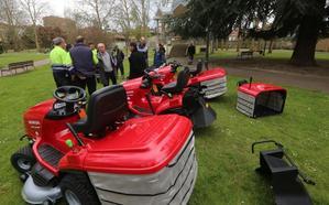 Parques y Jardines de Avilés renueva su maquinaria