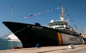El Buque Oceanográfico de la Guardia Civil 'Río Segura' llega a Gijón para dar apoyo en la campaña de la Xarda