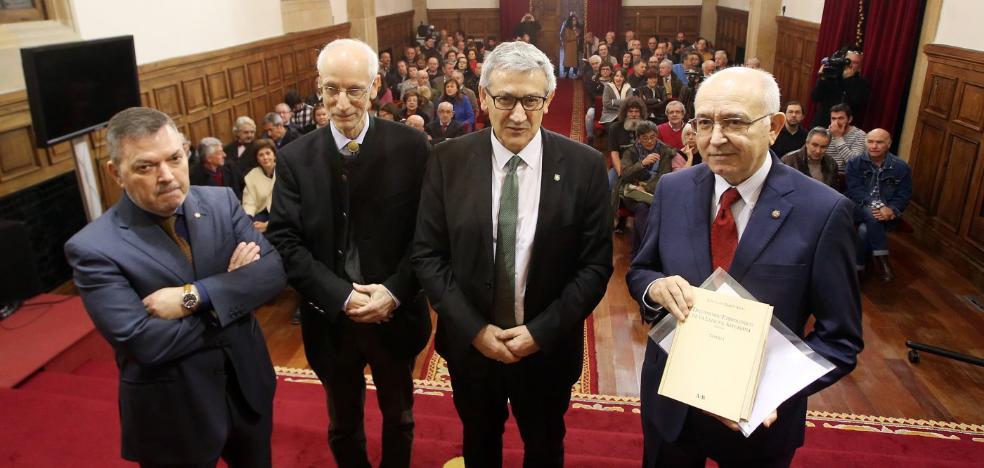 García Arias: «No podrán decir más que el asturiano usa palabras inventadas»