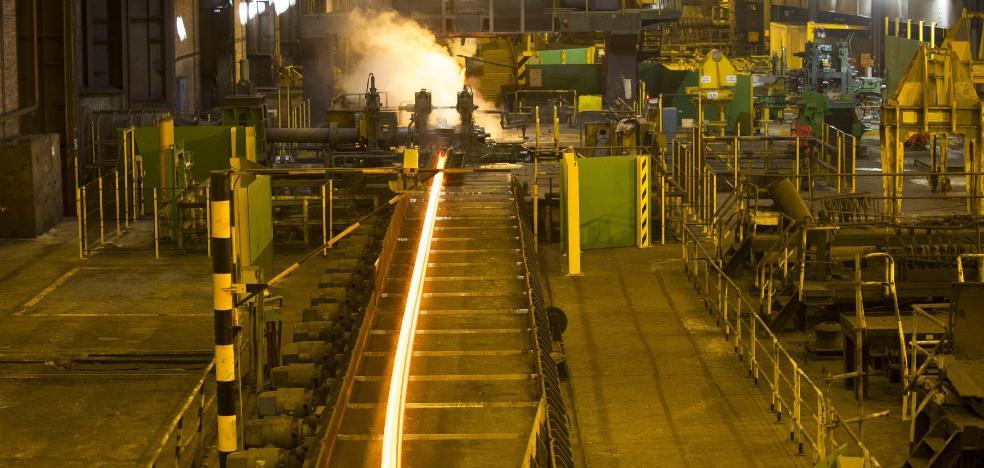 Arcelor advierte ahora de que sus plantas en Asturias peligran por la compra de Ilva