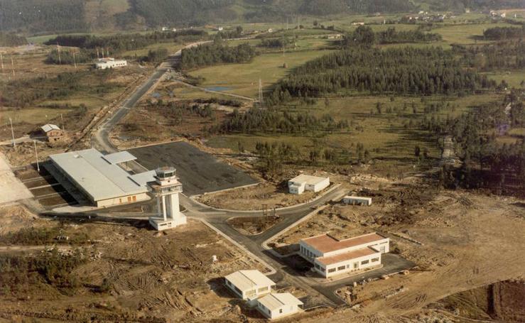 Medio siglo del aeropuerto de Asturias