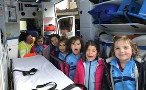 El colegio José García Fernández de Luarca enseña primeros auxilios a sus alumnos