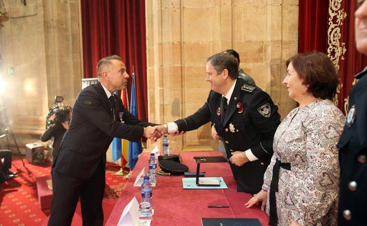 Entrega de las Medallas del Buen Servicio en Oviedo