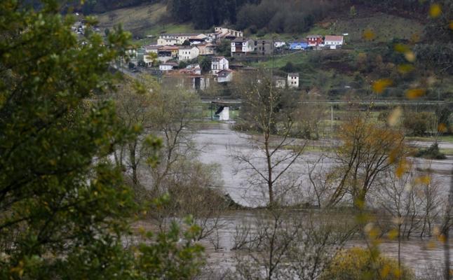 Pravia reclama la protección de las vegas e instalaciones cercanas a los ríos