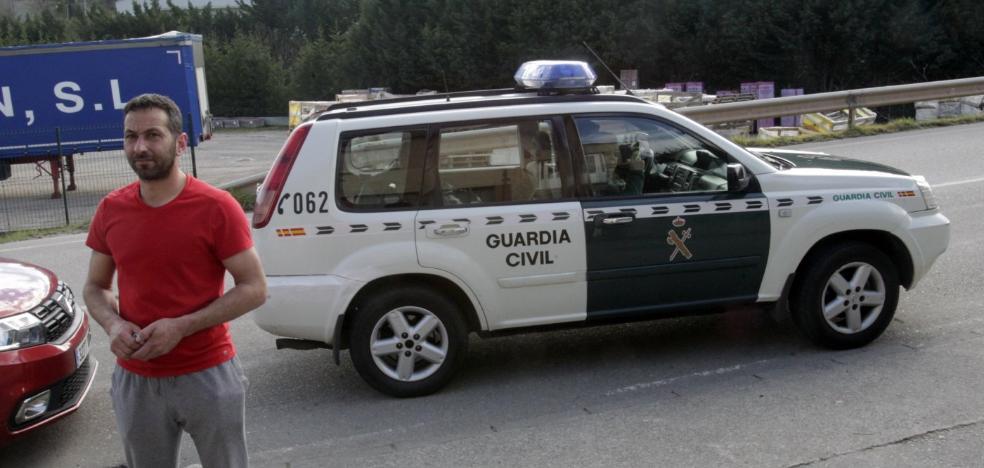 La Belonga continúa con su actividad pese a la orden municipal de cese