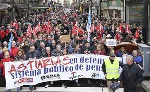 Multitudinaria marcha en Asturias para exigir pensiones dignas