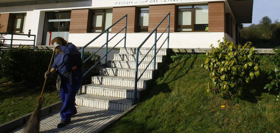 El Principado aumenta la financiación del servicio de ayuda a domicilio en Castrillón