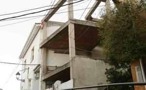 Piden cárcel para el exalcalde de Ribadesella Juan Ureta por un presunto delito urbanístico