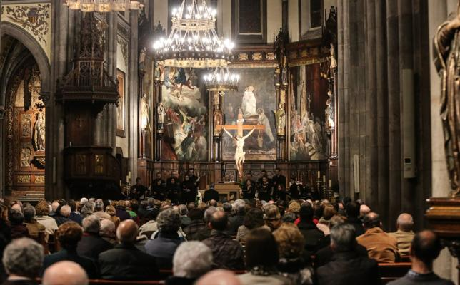 El Coro Acquam Lauda abre hoy en San Nicolás la XLI Semana de Música Religiosa de Avilés