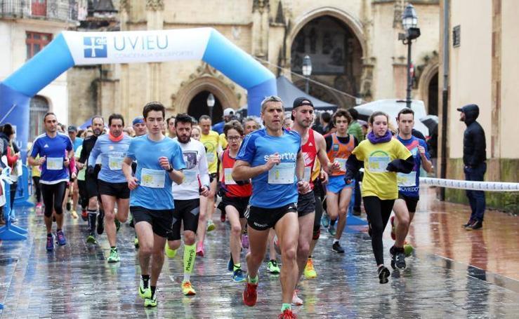 Las imágenes de la Carrera solidaria contra el hambre en Oviedo