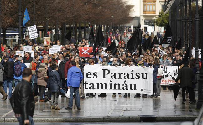 Asturias lleva a las calles de Gijón su rechazo a la contaminación