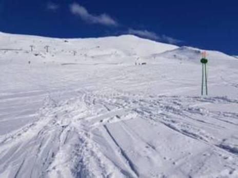 Baqueira y Sierra Nevada, las caras contrapuestas de la nieve